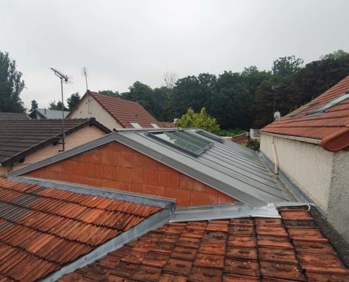 Réalisation d'une extension avec toiture zinc sur un pavillon à Romainville (93)